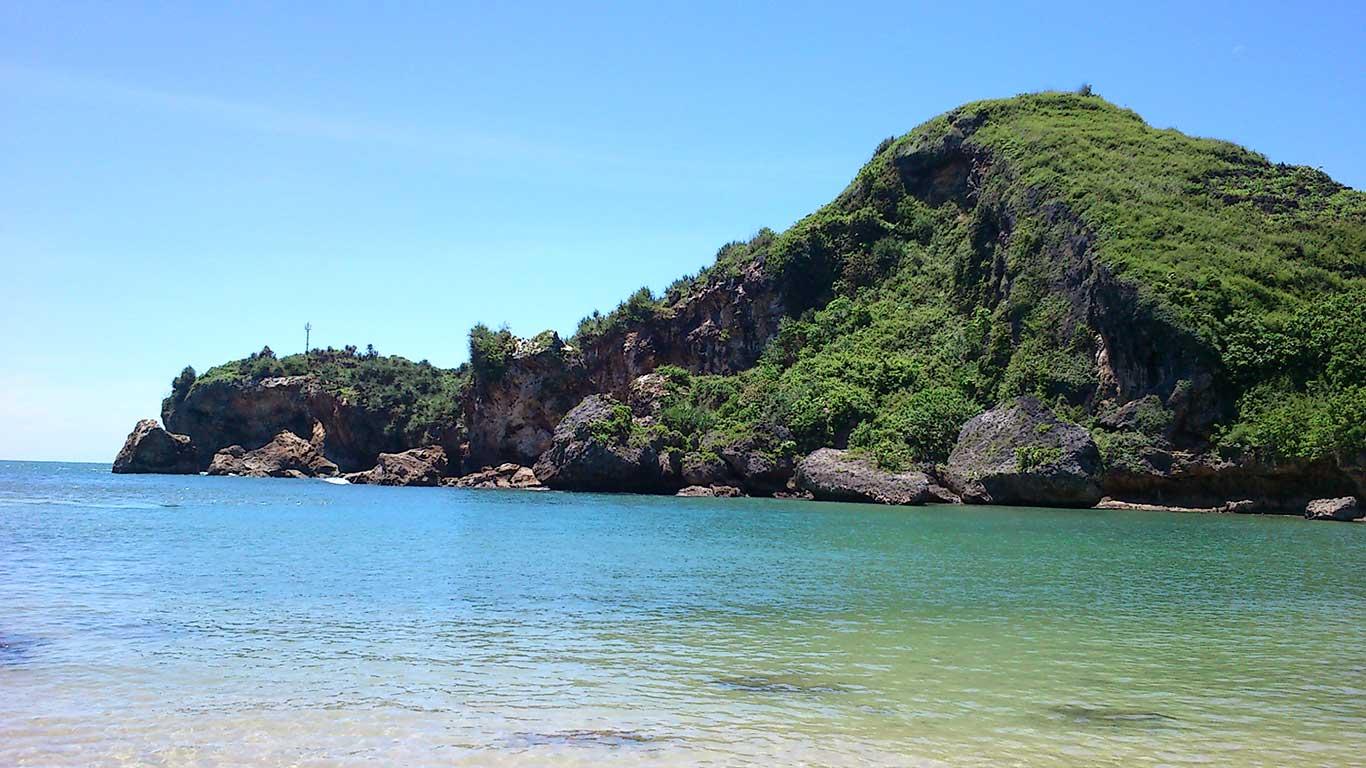 Panorama Pantai Ngrenehan