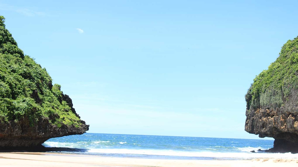 Pantai Greweng