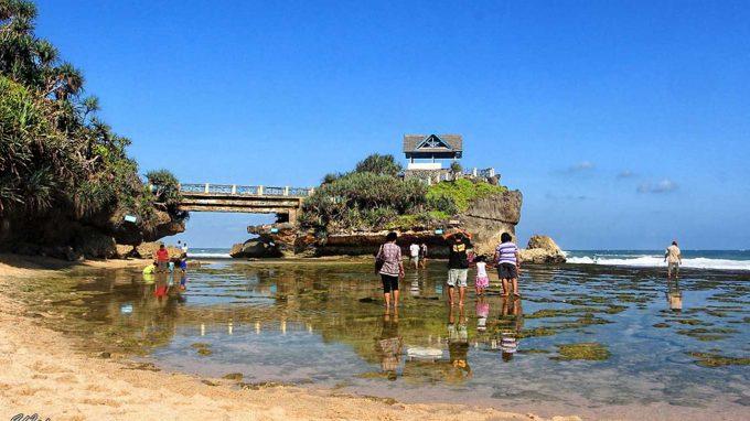Pantai Kukup
