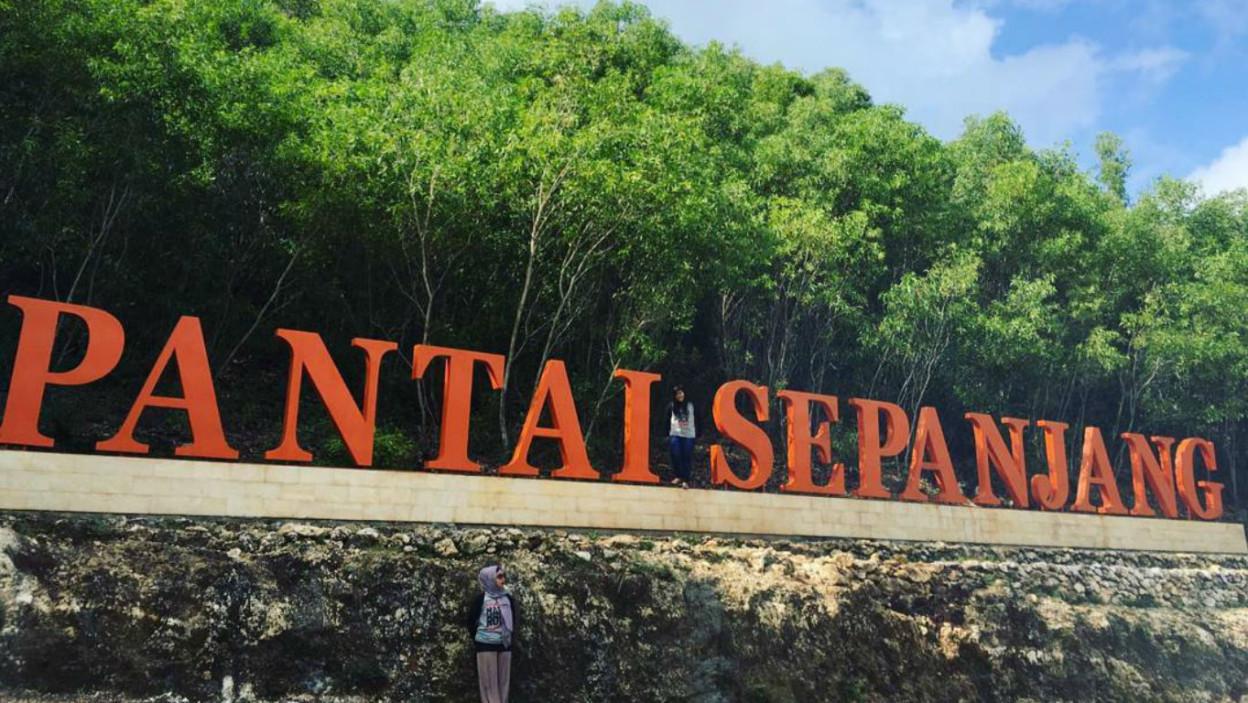 Pantai Sepanjang Htm Rute Foto Ulasan Pengunjung