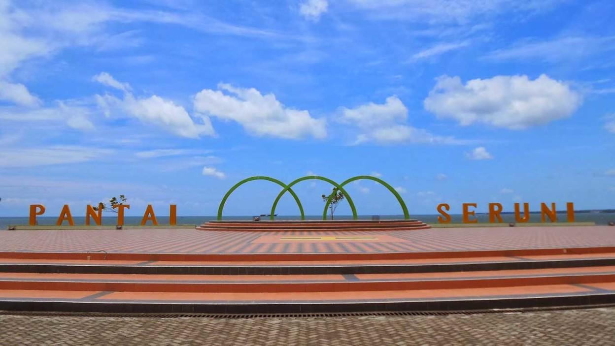Pantai Seruni Htm Rute Foto Ulasan Pengunjung