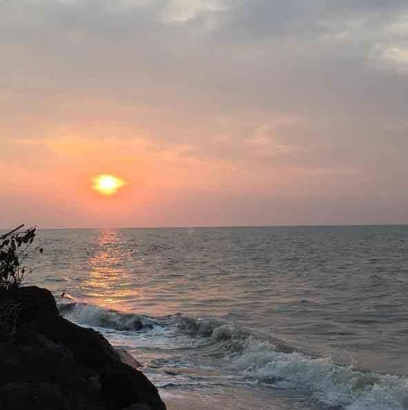 Pantai Cahaya Kendal