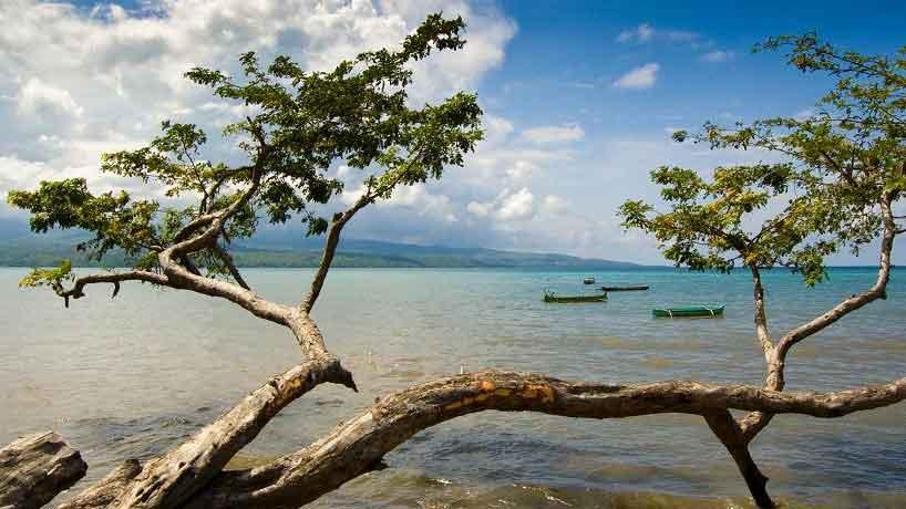 Pantai Kolo