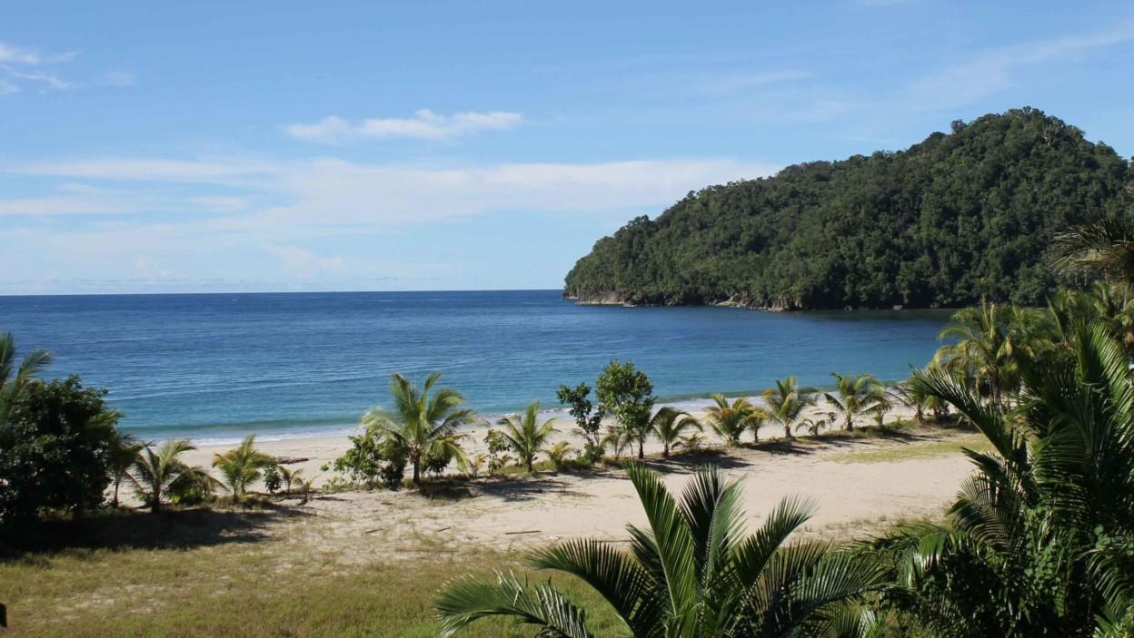 Pantai Pasir 6 Angkasa