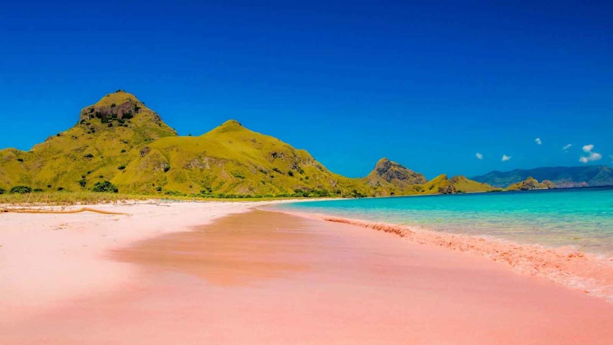Pantai Merah Muda