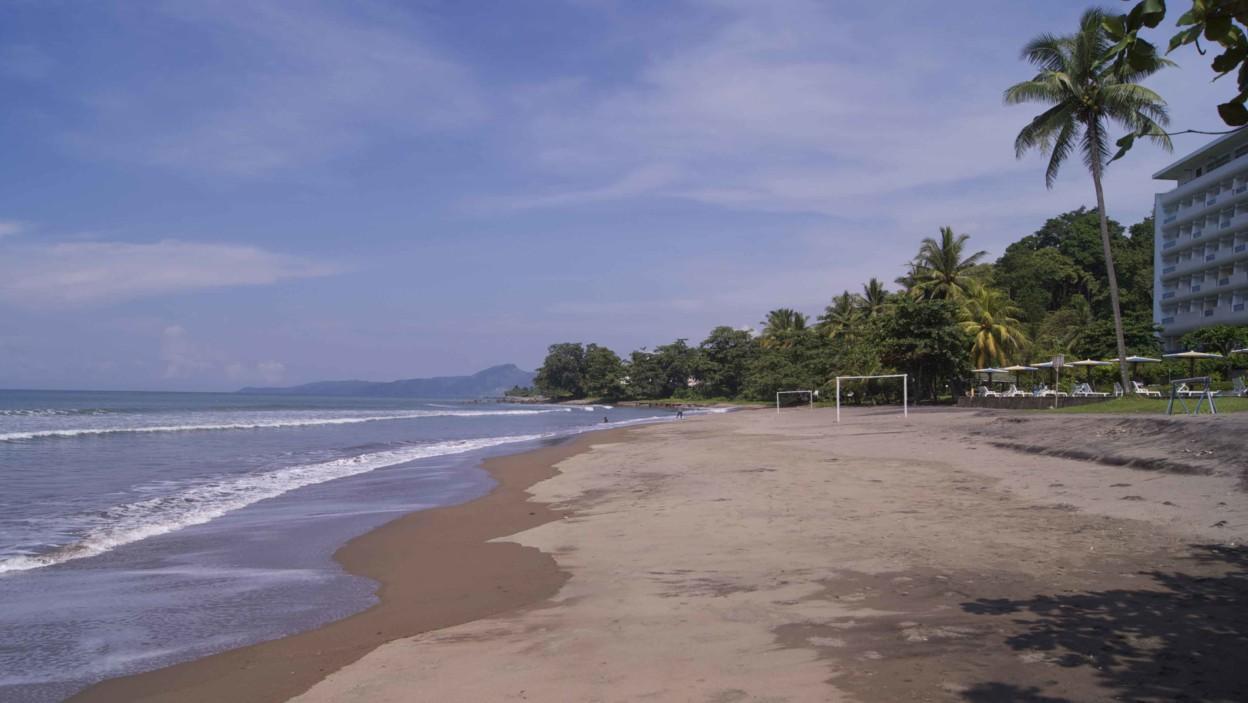 Pantai Samudra Baru