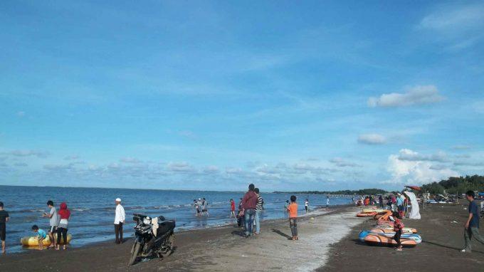 Pantai Tanjung Pakis Rute Menuju Lokasi Dan Harga Tiket Masuk