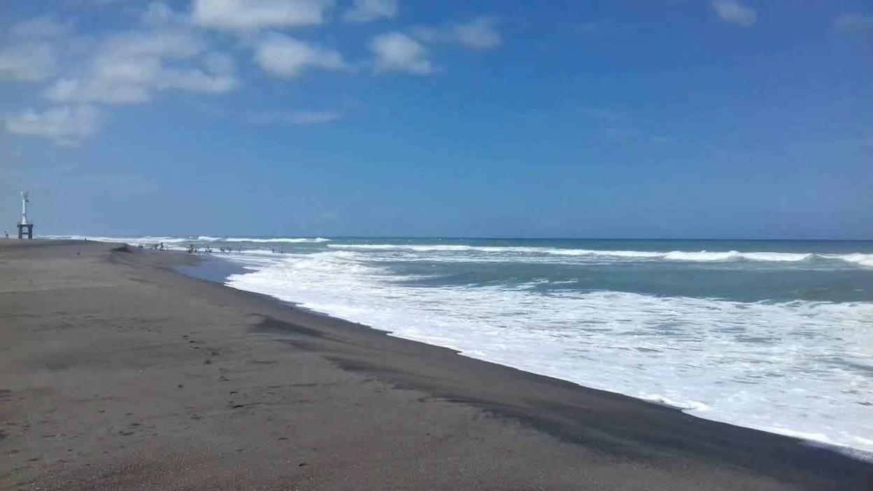 Pantai Apra Sindangbarang