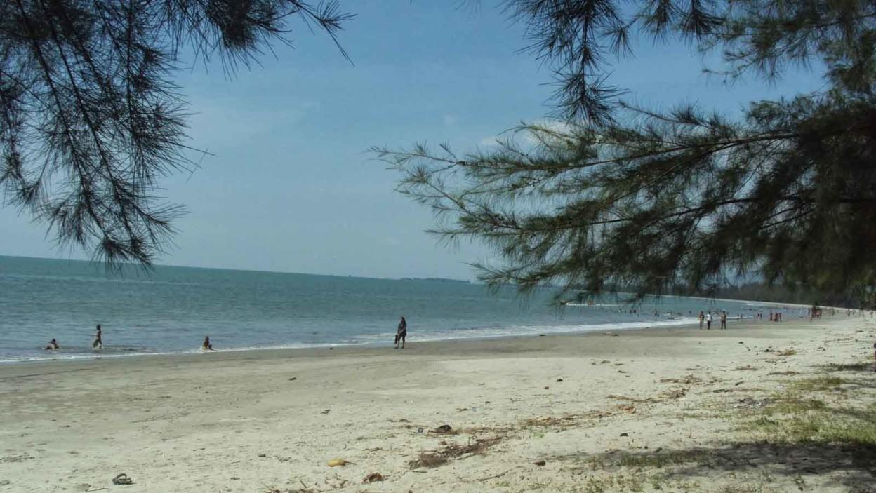 Pantai Binasi