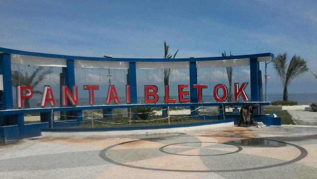 Pantai Bletok