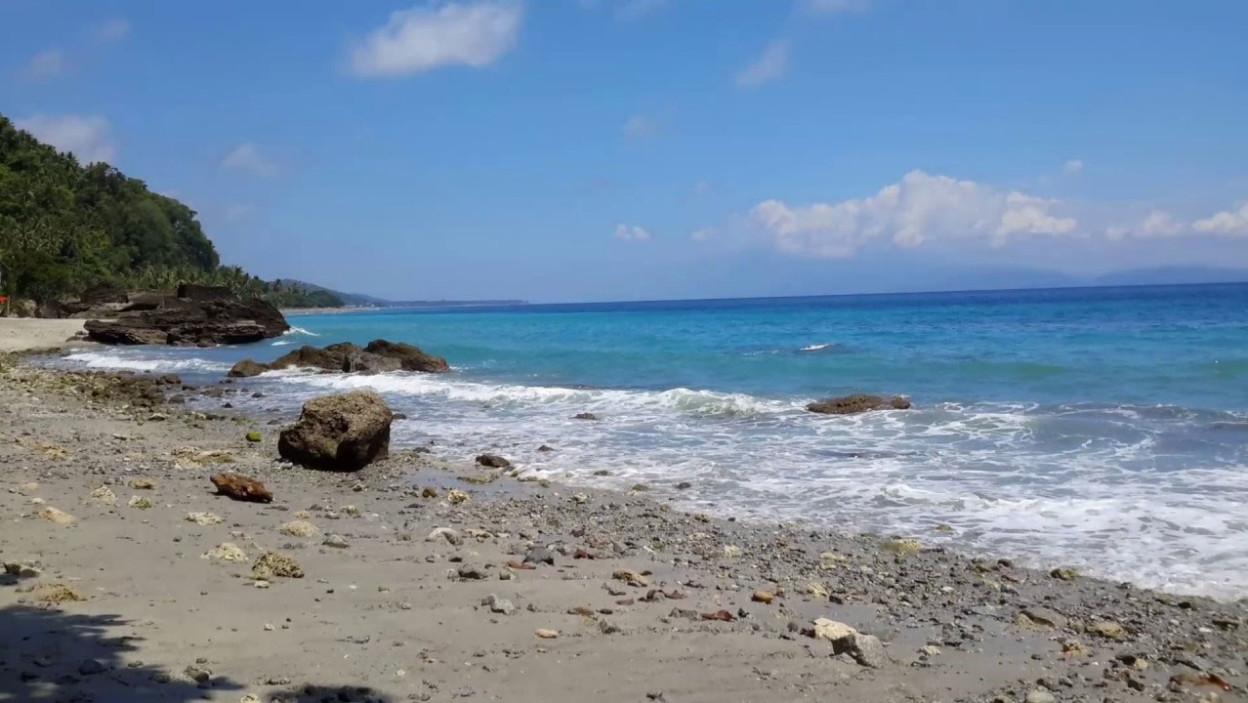 Pantai Enu