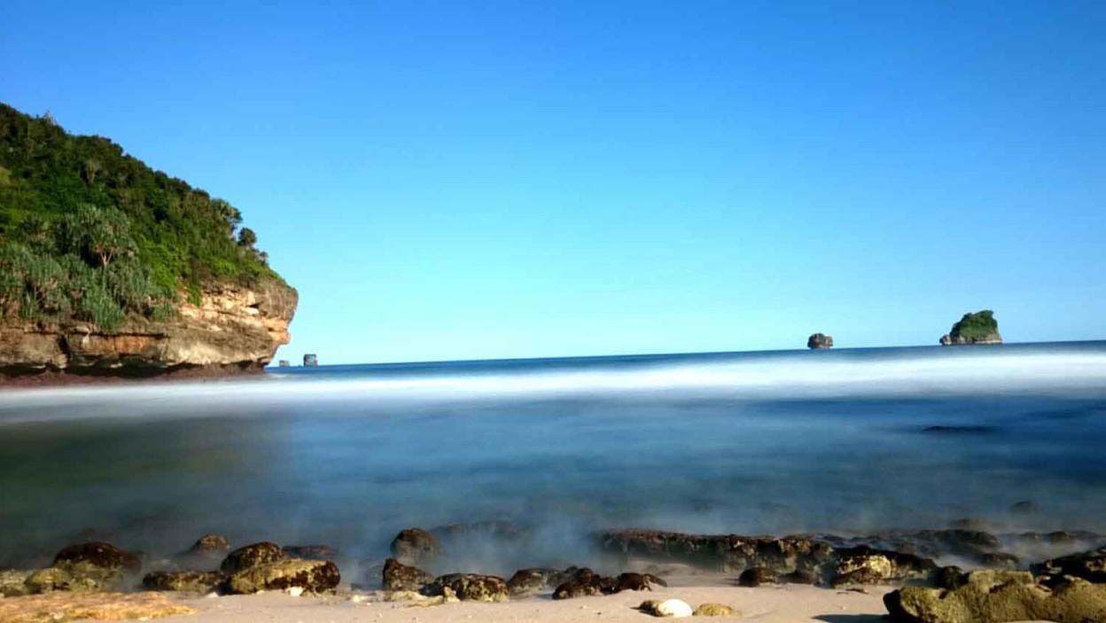 Pantai Kajaran