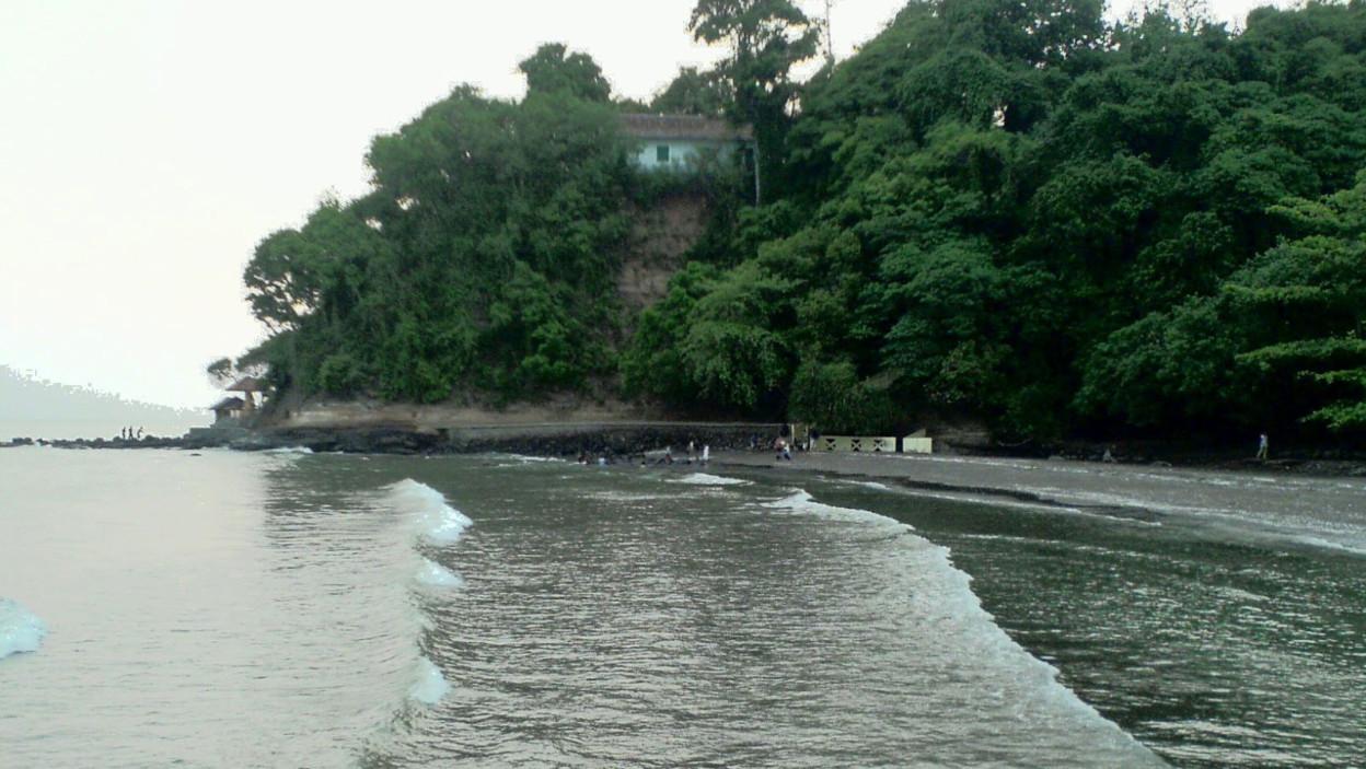 Pantai Kuripan