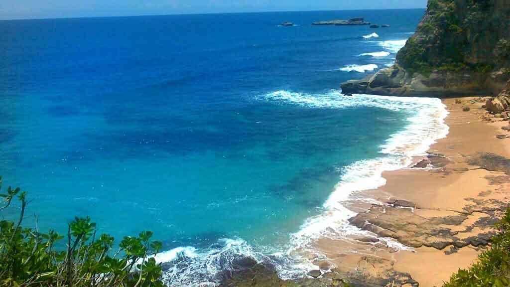Pantai Langitan