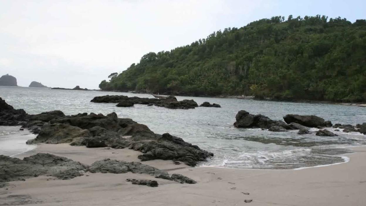 Pantai Ngampiran