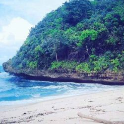 Pantai Ngledakan Ciut