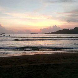 Pantai Sumbreng
