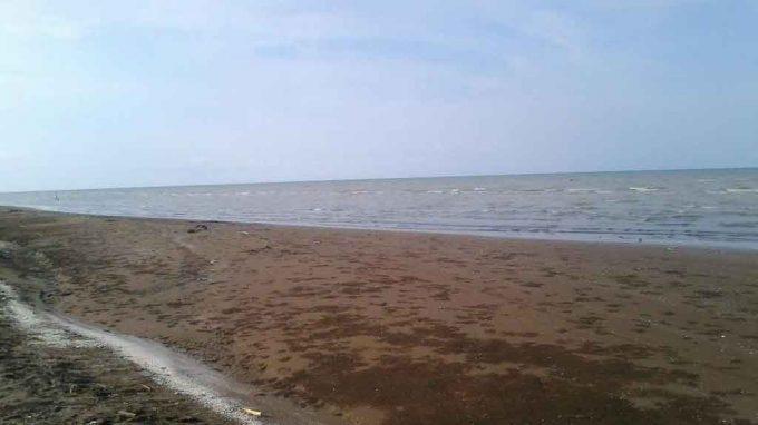 Hasil gambar untuk Pantai Tanjung Baru