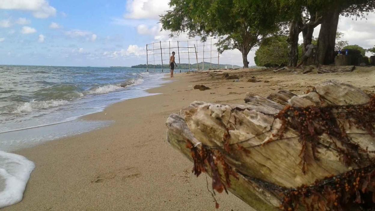 Pantai Tete Tonra
