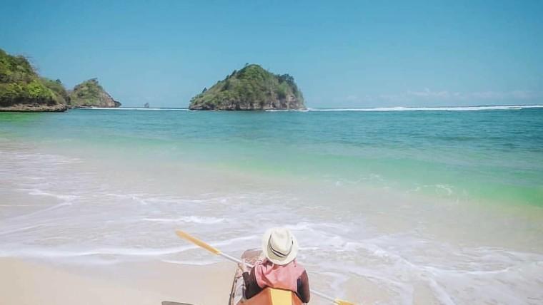 Pantai Gatra