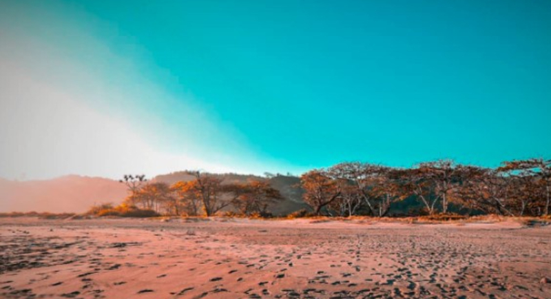 Objek Wisata Pantai Bubujung 2