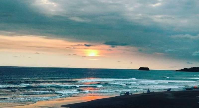 Objek Wisata Pantai Cimanuk