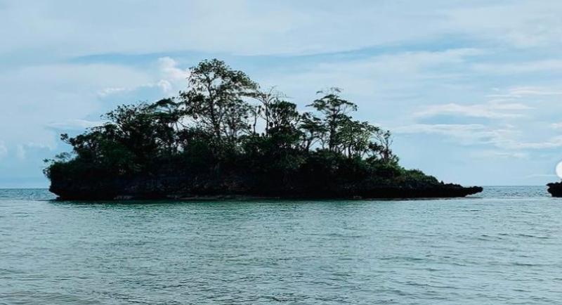 Objek Wisata Menuju Pantai Baloiya