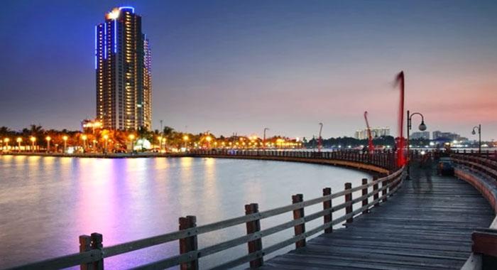 Pantai Ancol Jakarta