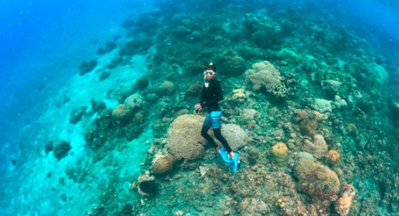 Fasilitas Pantai Malalayang