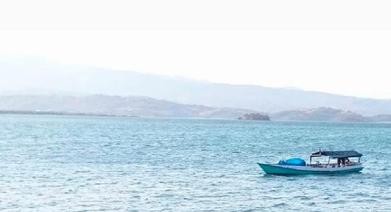 Objek Wisata Pantai Lariti