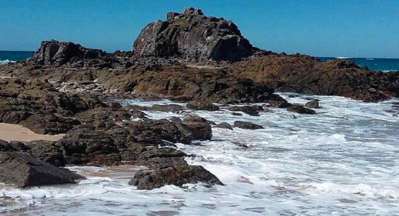 Objek Wisata Pantai Wane 2