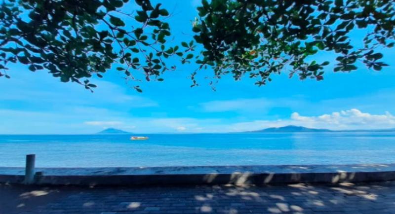 Rute Pantai Malalayang