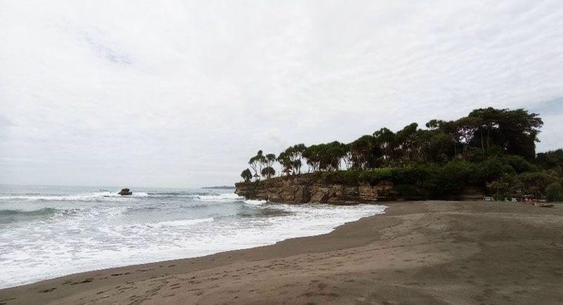 Pantai Batu Hiu Pangandaran Ciamis