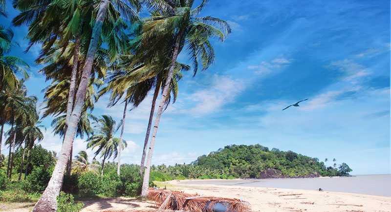 Pantai Gosong Bengkayang