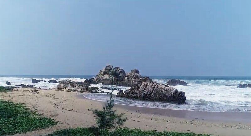 Pantai Karang Beureum Banten