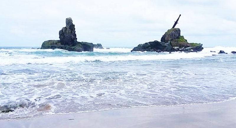 Pantai Nusakambangan Pangandaran