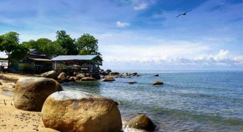 Pantai Samudra Indah Bengkayang