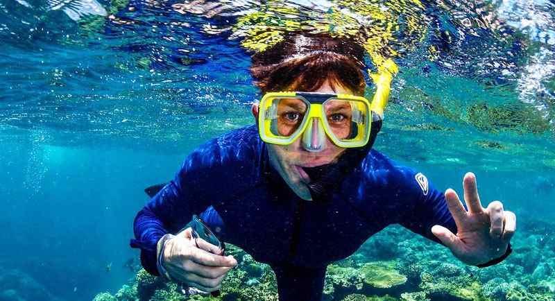 Snorkeling Di Pantai Krakal