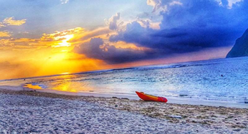 Sunset Di Pantai Nngsa Batam