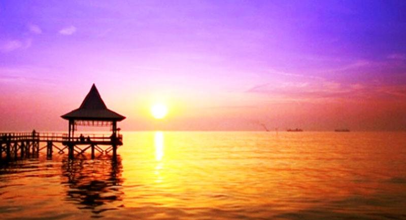 Sunset Di Pantai Ria Kanjeren