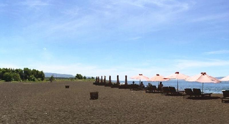 Wisata Pantai Boom Banyuwangi