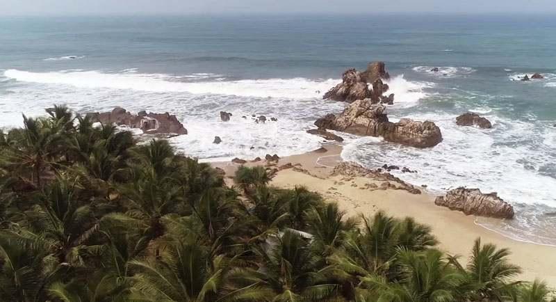 Wisata Pantai Karang Beurem