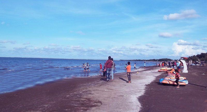 Wisata Pantai Tanjung Pakis