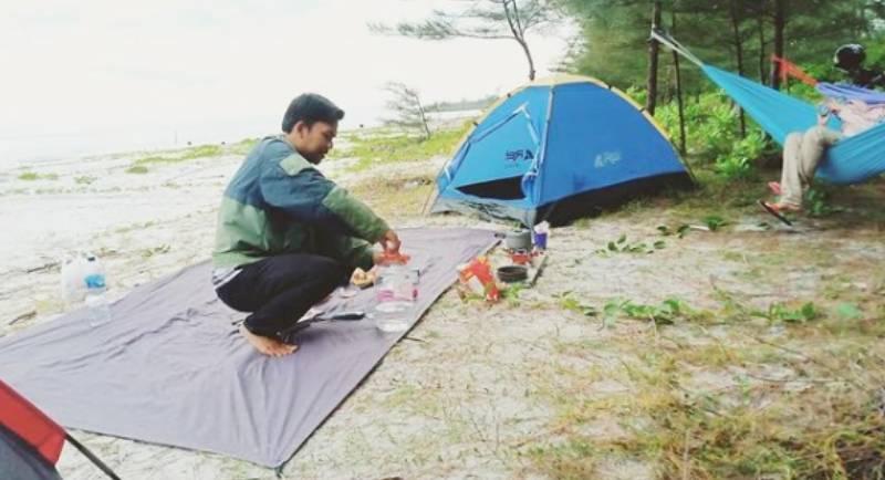 Camping Pantai Tambak