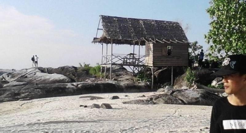 Fasilitas Pantai Penganak