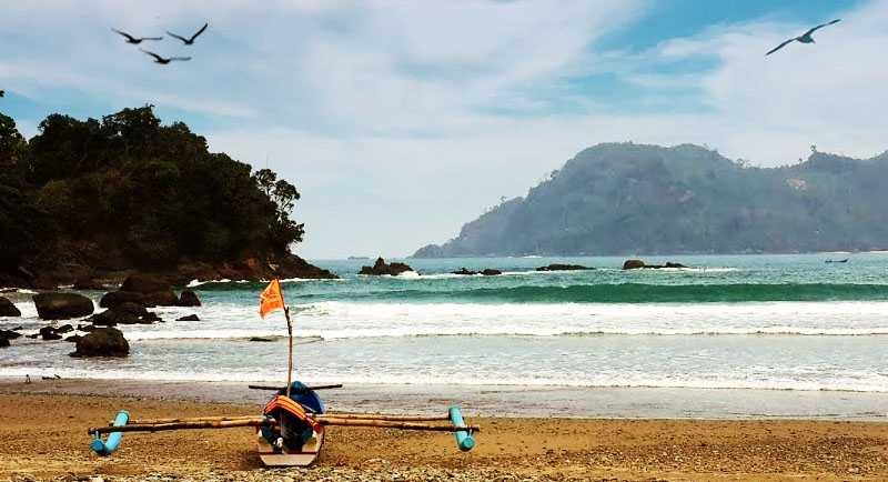 Pantai Bowele Di Sebelah Pantai Bolu Bolu