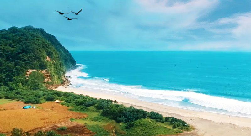 Pantai Dlodo Tulungagung Yang Indah