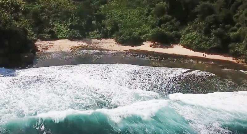Pantai Godeg Tanggunggunung Tulungagung