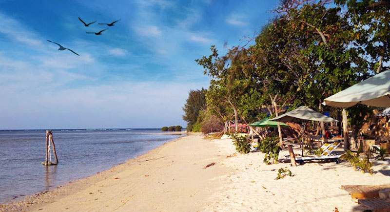 Pantai Laendra Sunset Karimunjawa