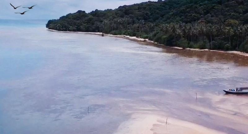 Pantai Legon Lele Karimunjawa Jawa Tengah